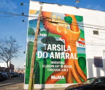 Painel Tarsila do Amaral nas ruas de New York