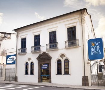 Exposição gratuita para crianças e adolescentes traz réplicas de obras de Tarsila de Amaral a Salvador