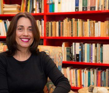 """Autora da biografia """"Tarsila do Amaral, a Modernista"""", Nádia Batella Gotlib comenta a trajetória da artista"""